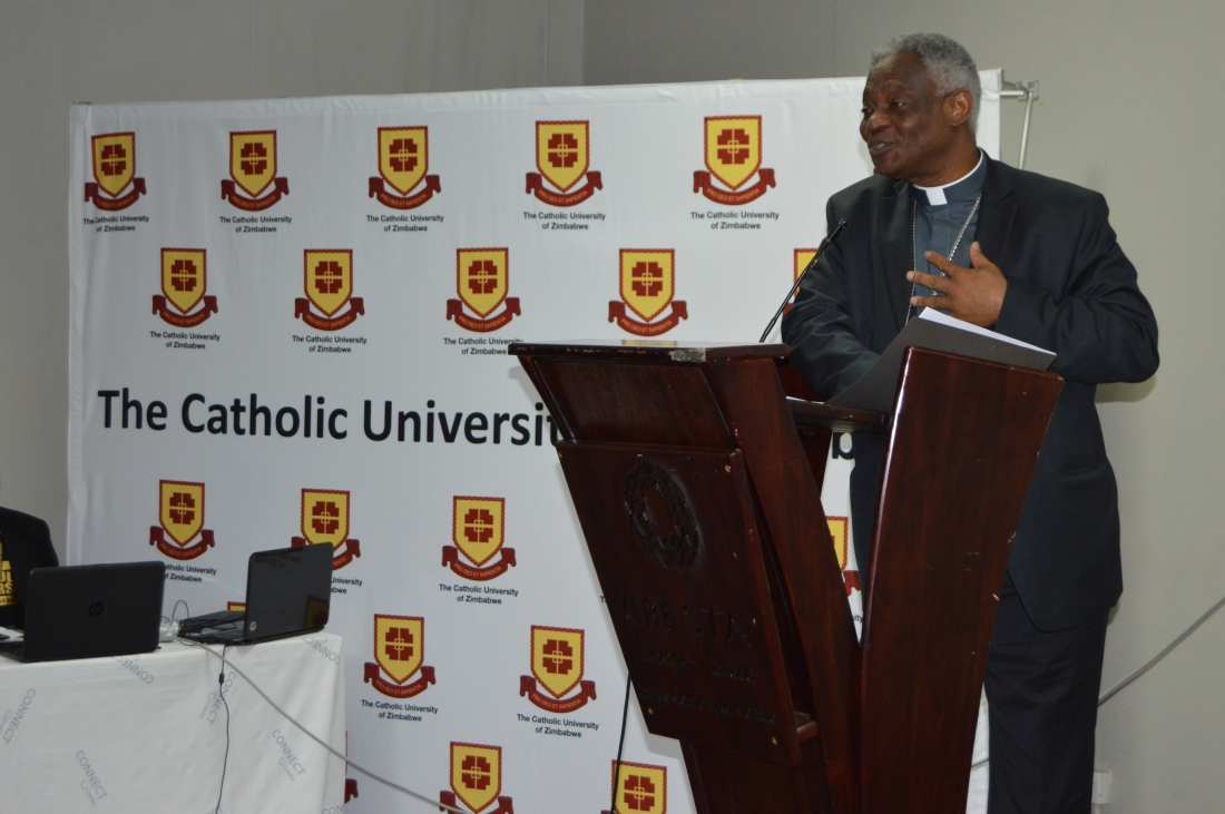 Cardinal Trukson making a presentation at the International Migration Conference in Harare..JPG