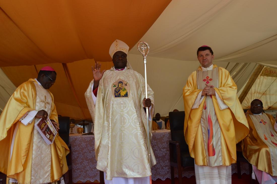 Bishop Mupandasekwa soon after his ordination as the Bishop of Chinhoyi Diocese..JPG