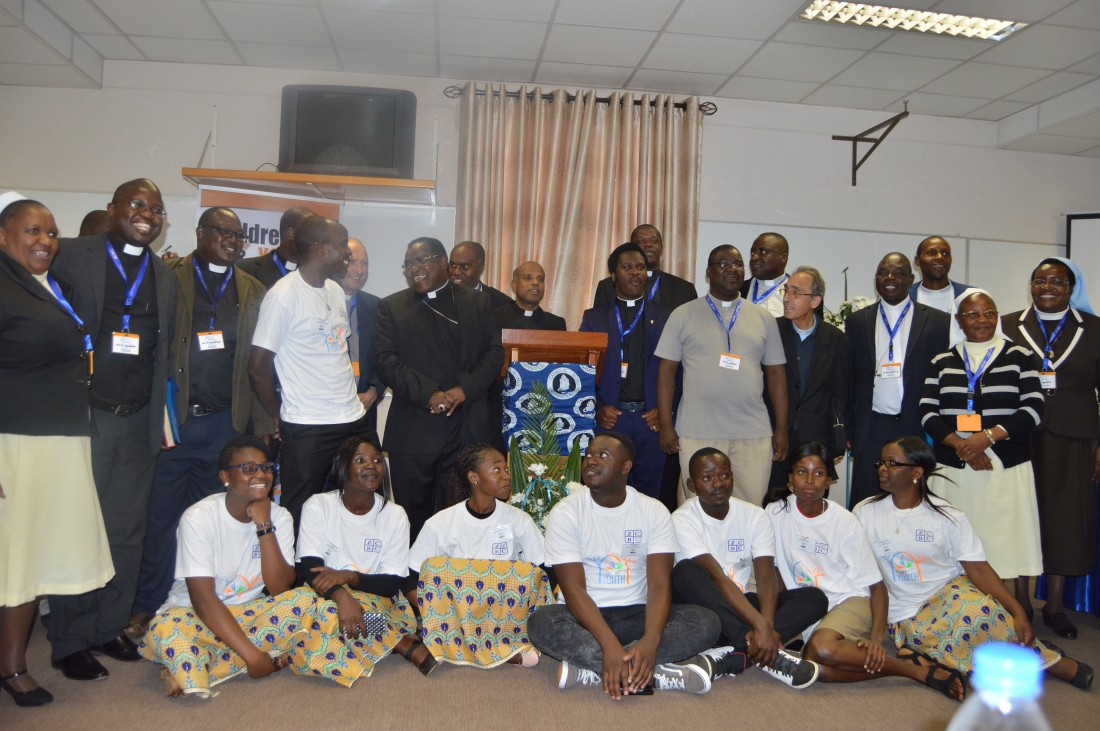 Bishops, priest and sisters pose for a picture with the youth at the ZCBC Plenary Meeting.JPG