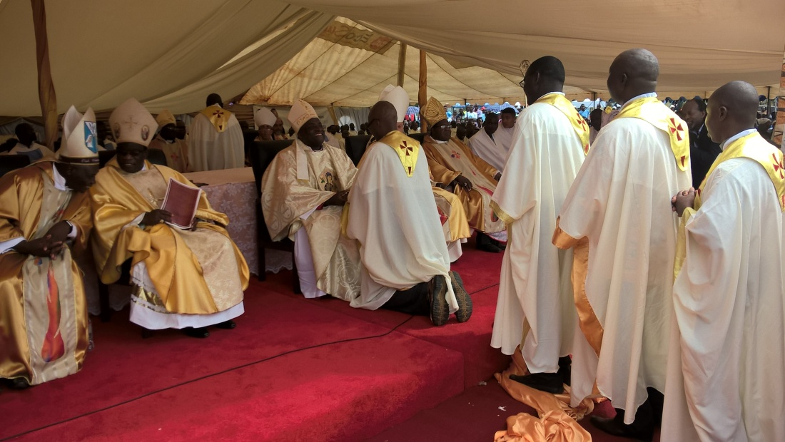 Priests from Chinhoyi Diocese pay allegiance to their new Bishop..jpg