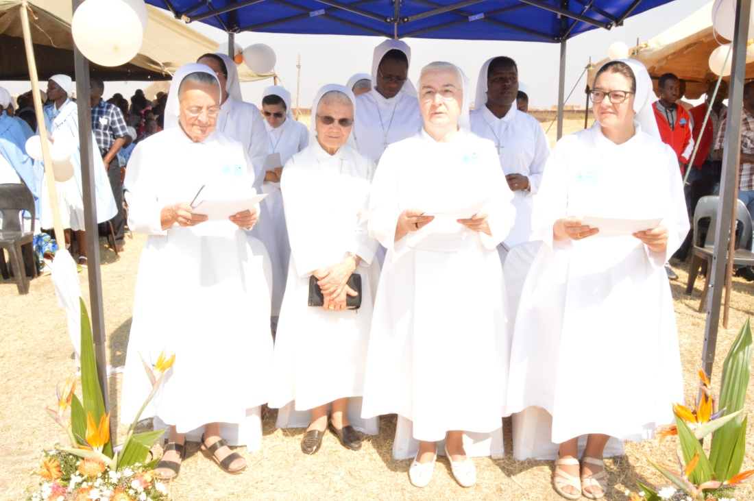 Sisters of Our lady of Sorrows follow proceedings during celebration of holy mass. Third from left is Mother  Carla Bertani, Superior General of the congregation..JPG