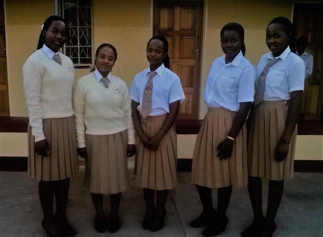 Mary Mount girls