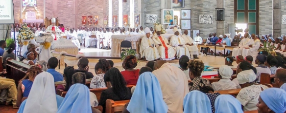 we-are-the-family-of-god-priests-bishops-and-the-faithful-join-in-celebration-to-thank-god-for-the-gift-of-bishop-muchabaiwa.jpg