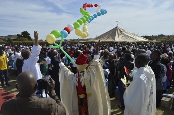 The Archbishop of the Archdiocese of Bulawayo Alex Thomas, launches the missionary rosary into space during the 140 years of christianity in Matebeleland celebrations held at Our Lady of Fatima in Bulawayo.
